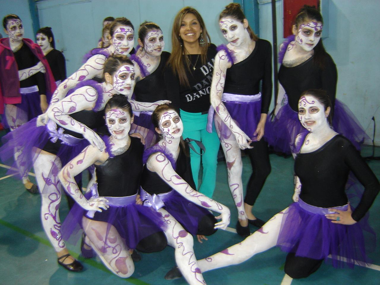 Grupo Ganador Team Dance.JPG