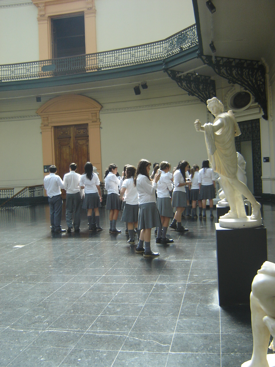 Observando Arte.JPG